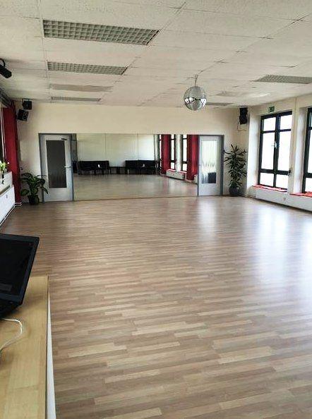 Tanzschule Let's Dance in Bielefeld Tanzraum
