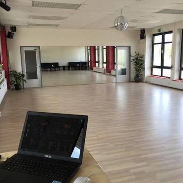 "Tanzschule ""Tanzgalerie"" an der Herforder Straße 285"